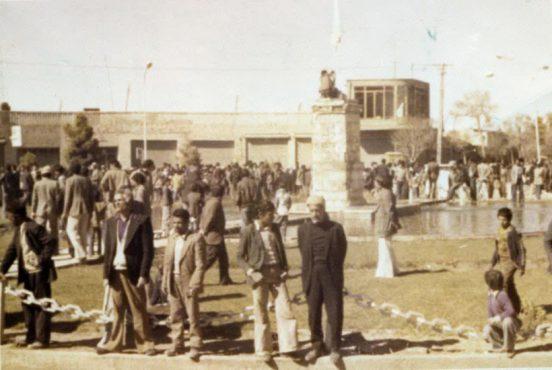 شرح روز رفسنجان از زبان نویسنده کتاب انقلاب اسلامی در رفسنجان + عکس