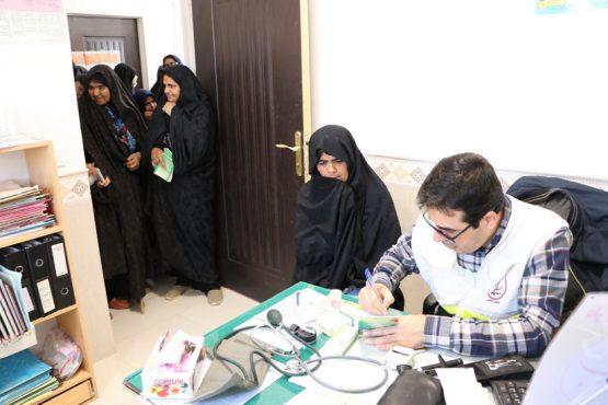 ارائه بیش از ۲۰۰ خدمت بهداشتی و درمانی به اهالی روستای دره در رفسنجان