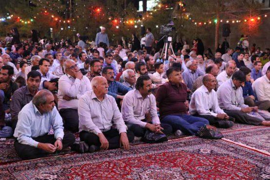جشن میلاد علی ابن موسی الرضا(ع) در آستان قدس رضوی رفسنجان برگزار شد / گزارش تصویری