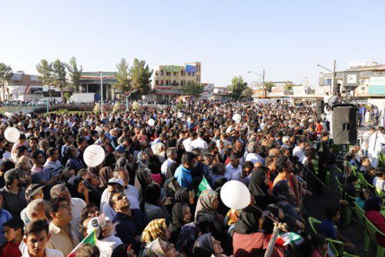 نتایج قرعه کشی همایش پیاده روی خانوادگی در رفسنجان اعلام شد + اسامی