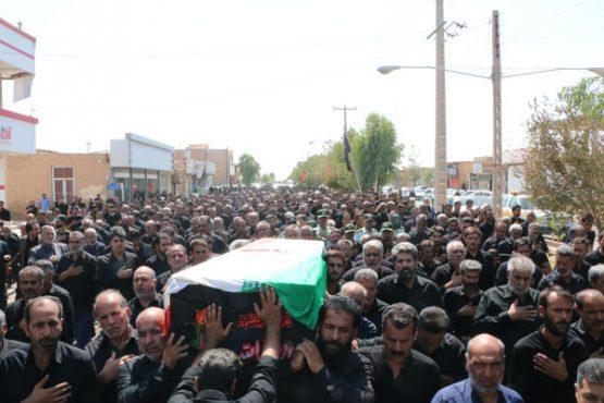 پدر شهیدان کدخدایی در رفسنجان تشییع و خاکسپاری شد/ تصاویر