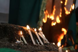 سنت ۱۸ ساله میزبانی از دلسوختگان سید الساجدین در حسینیه رحمت آباد/ گزارش تصویری