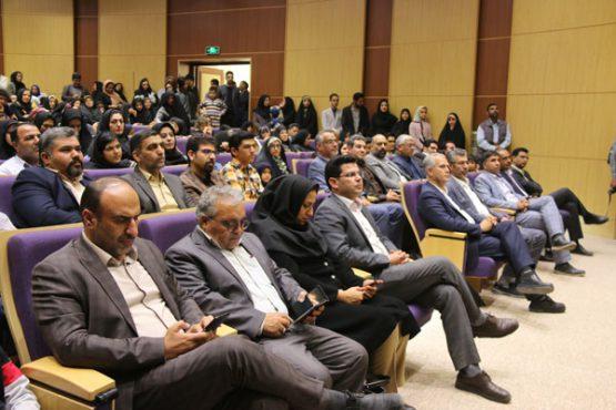 """اختتامیه نخستین رویداد شهری دانش آموزی """" رویای من، شهر من"""" در رفسنجان / گزارش تصویری"""