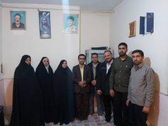 دیدار خادمین شهدای رفسنجان با خانواده شهید مرتضی مرادی +تصاویر