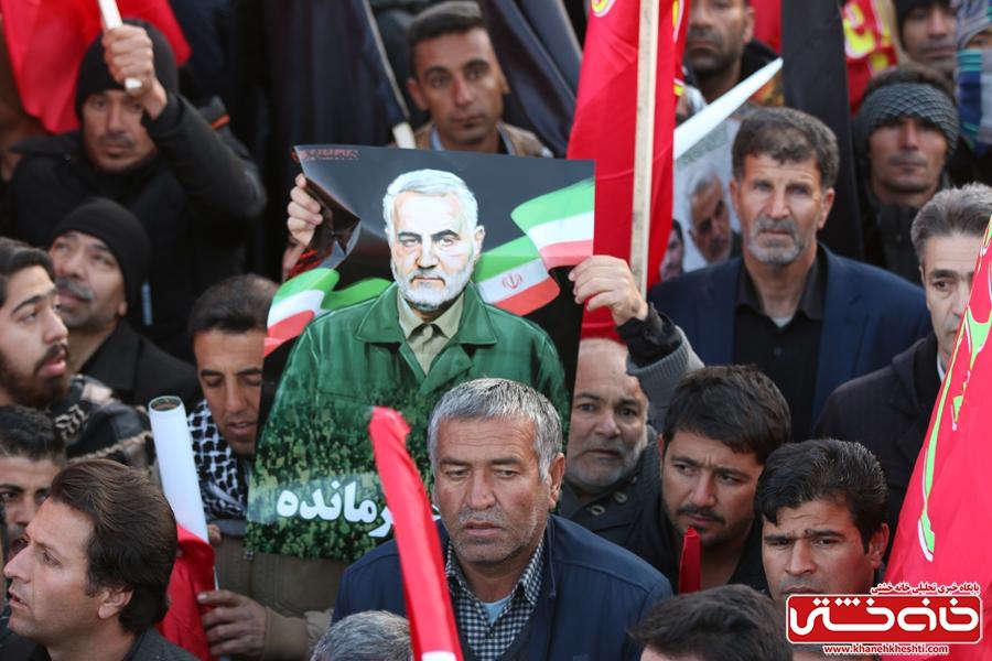 مراسم تشییع سردار شهید سپهبد حاج قاسم سلیمانی با حضور میلیونی مردم عزادار در شهر کرمان