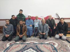 دیدار خادمین شهدای رفسنجان با خانواده اکبر قربانی جانباز ۷۰ درصد دوران دفاع مقدس