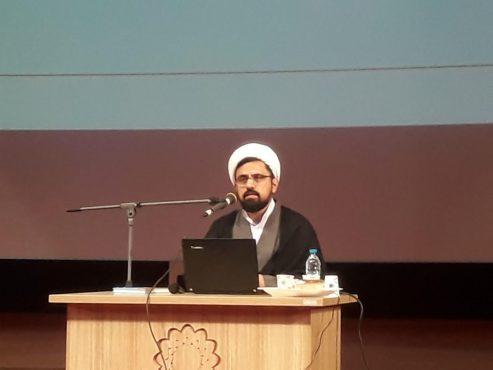 تدبر در قرآن عامل نجات جامعه از فتنه هاست/ اجرای گام دوم انقلاب با بصیرت و تدبر در قرآن