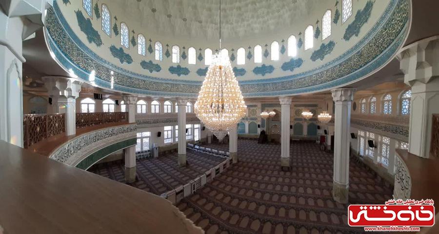 شبستان اصلی مسجد الزهرا (س) رفسنجان در شب میلاد حضرت فاطمه(س)
