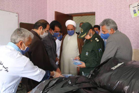 بازدید مسئولان رفسنجان از کارگاه مرکزی خیاطی موکب خاتم الانبیاء شهرستان /تصاویر
