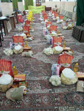 توزیع کمک های نقدی و غیر نقدی بین نیازمندان توسط بانوان بسیجی در رفسنجان