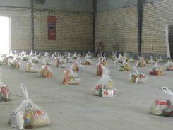 کمک مومنانه؛ توریع ۱۳۰ بسته معیشتی به نیازمندان توسط حوزه سیدالشهدای رفسنجان