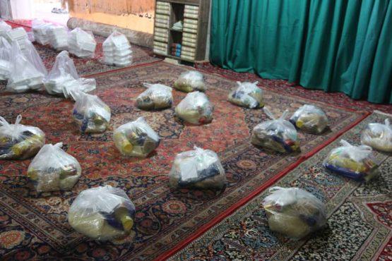 پرداخت ۹ میلیون تومان بن بین ۵۱ خانواده نیازمند تحت پوشش خیریه مسجد پیامبر اعظم  رفسنجان +تصاویر