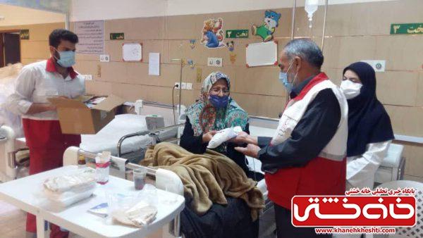 بیش از یک هزار بسته بهداشتی در بین بیماران خاص رفسنجان توزیع شد + تصاویر