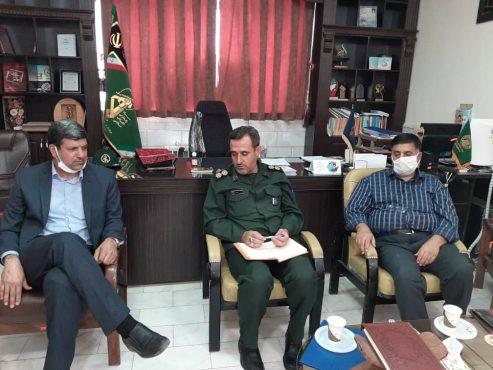 دیدار رئیس مرکز انتقال خون و مسئول کانون بسیج جامعه پزشکی رفسنجان با فرمانده سپاه شهرستان / تصاویر