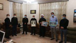 دیدار گروه فرهنگی خادمین شهدای رفسنجان با برادر شهیدان رمضانی پور+ تصاویر