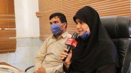 لحظات خوشی که بانوی نابینای رفسنجانی در کنار همسر بینای خود رقم می زند + عکس