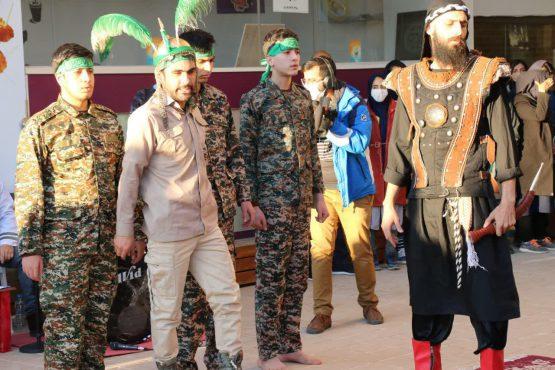 آغاز به کار دومین جشنواره ملی تئاتر محیطی «سردار آسمانی در رفسنجان / تصاویر
