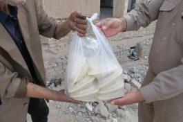 توزیع ۱۰۰۰ پرس غذای گرم به مناسبت شب قدر بین نیازمندان رفسنجان+ تصاویر