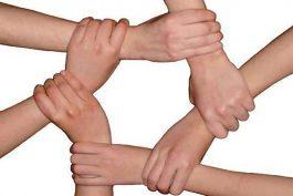 دست خدا در اتحاد است